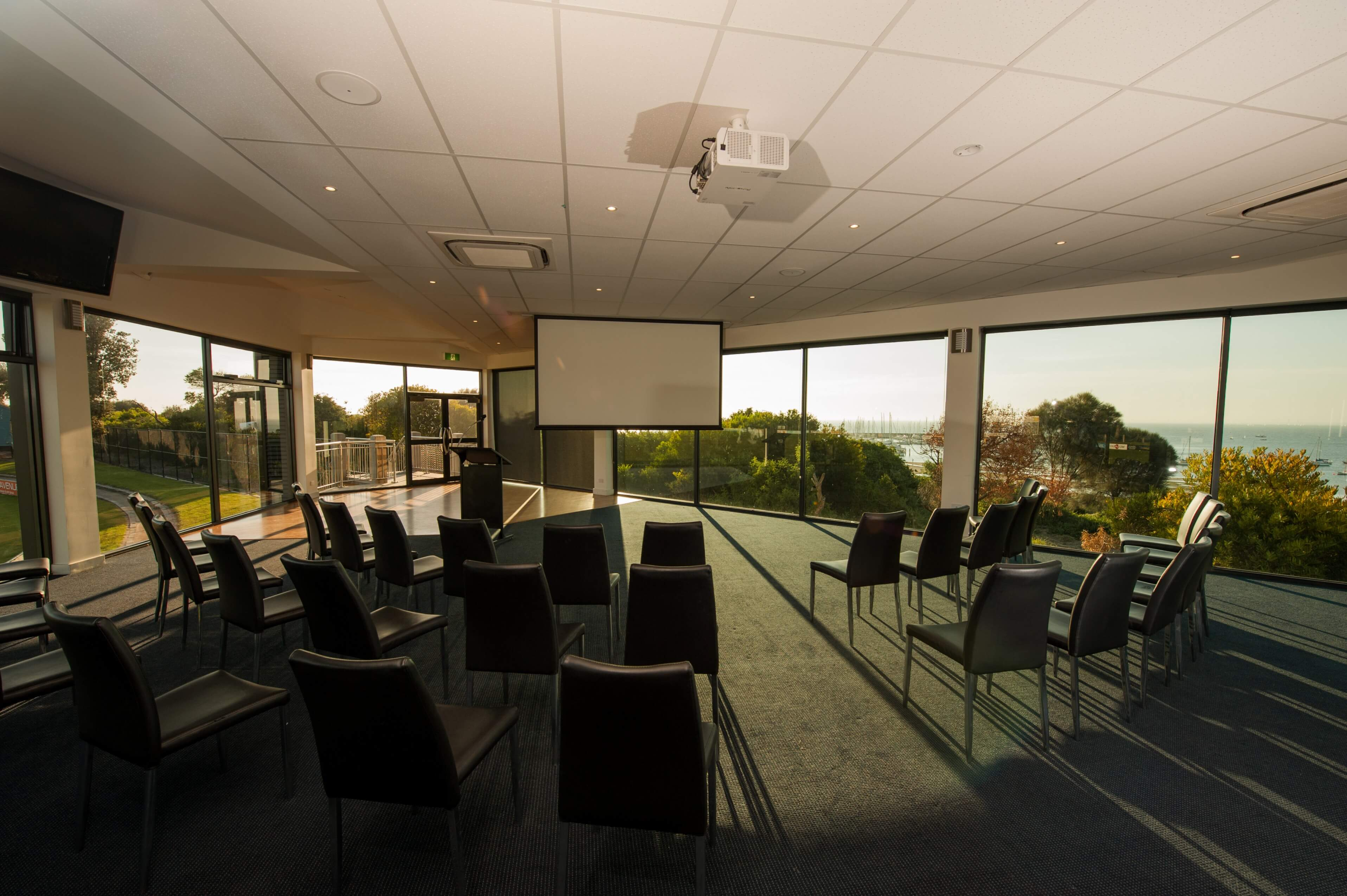 5 Tips for Booking a Function Venue for Your Corporate Event
